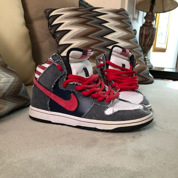"finest selection 3f34b f4194 Nike SB Dunk High ""Born In The USA"". M5ae9b07ba6e3eabd6fd58a75"